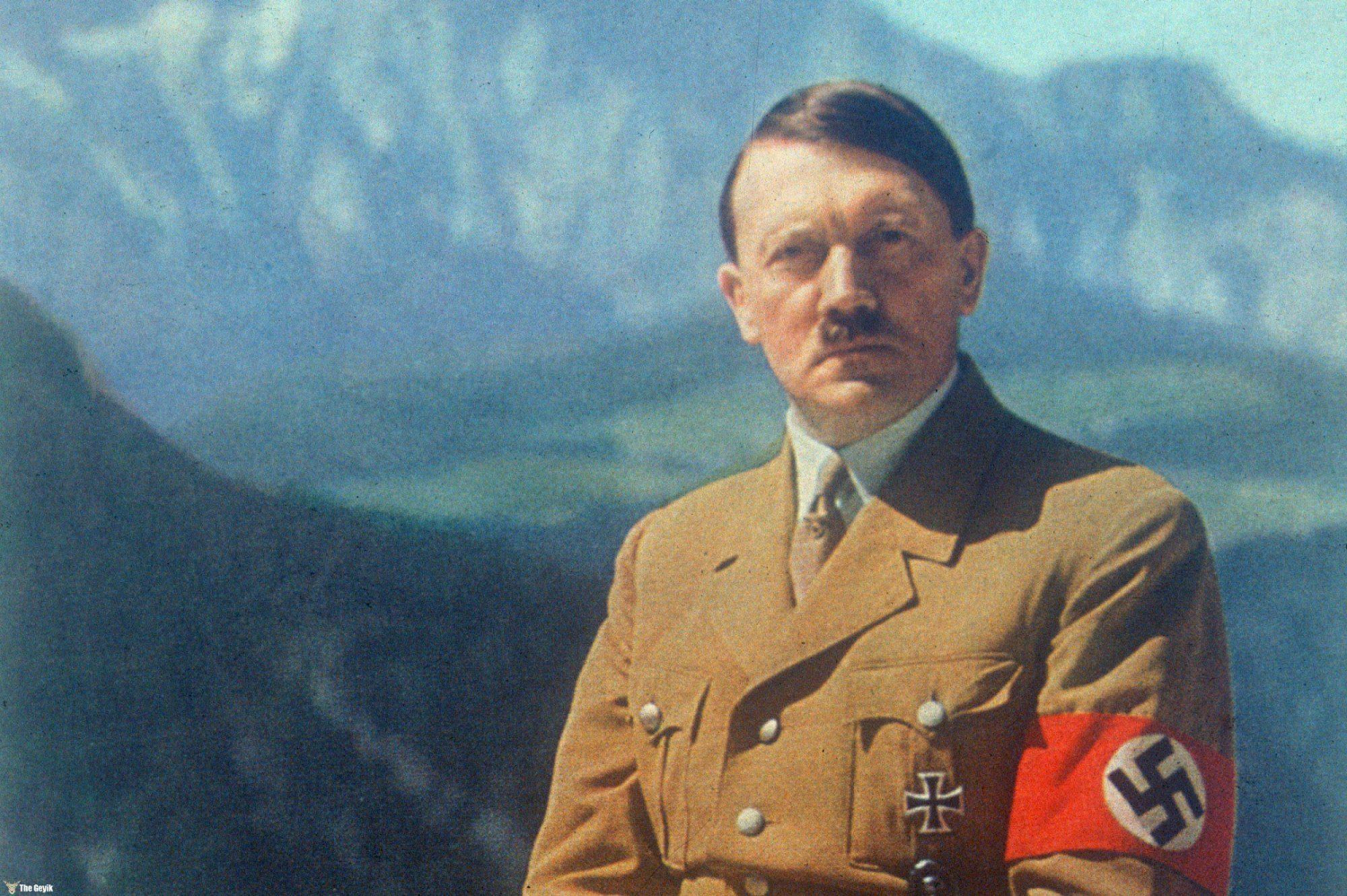 a brief biography of adolf hitler german politician